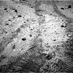 Nasa's Mars rover Curiosity acquired this image using its Right Navigation Camera on Sol 729, at drive 1378, site number 40