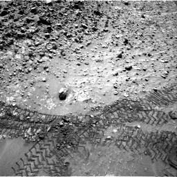 Nasa's Mars rover Curiosity acquired this image using its Right Navigation Camera on Sol 729, at drive 1390, site number 40
