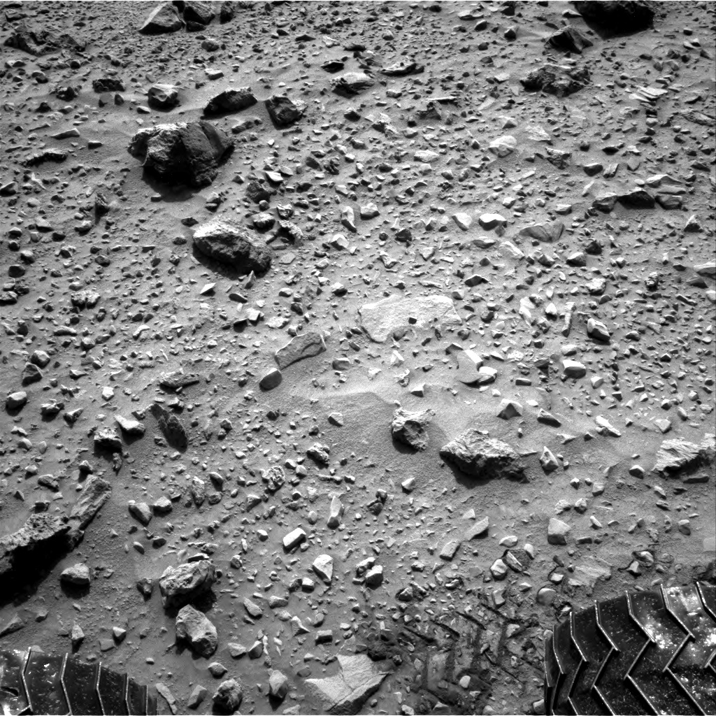 Nasa's Mars rover Curiosity acquired this image using its Right Navigation Camera on Sol 729, at drive 1850, site number 40