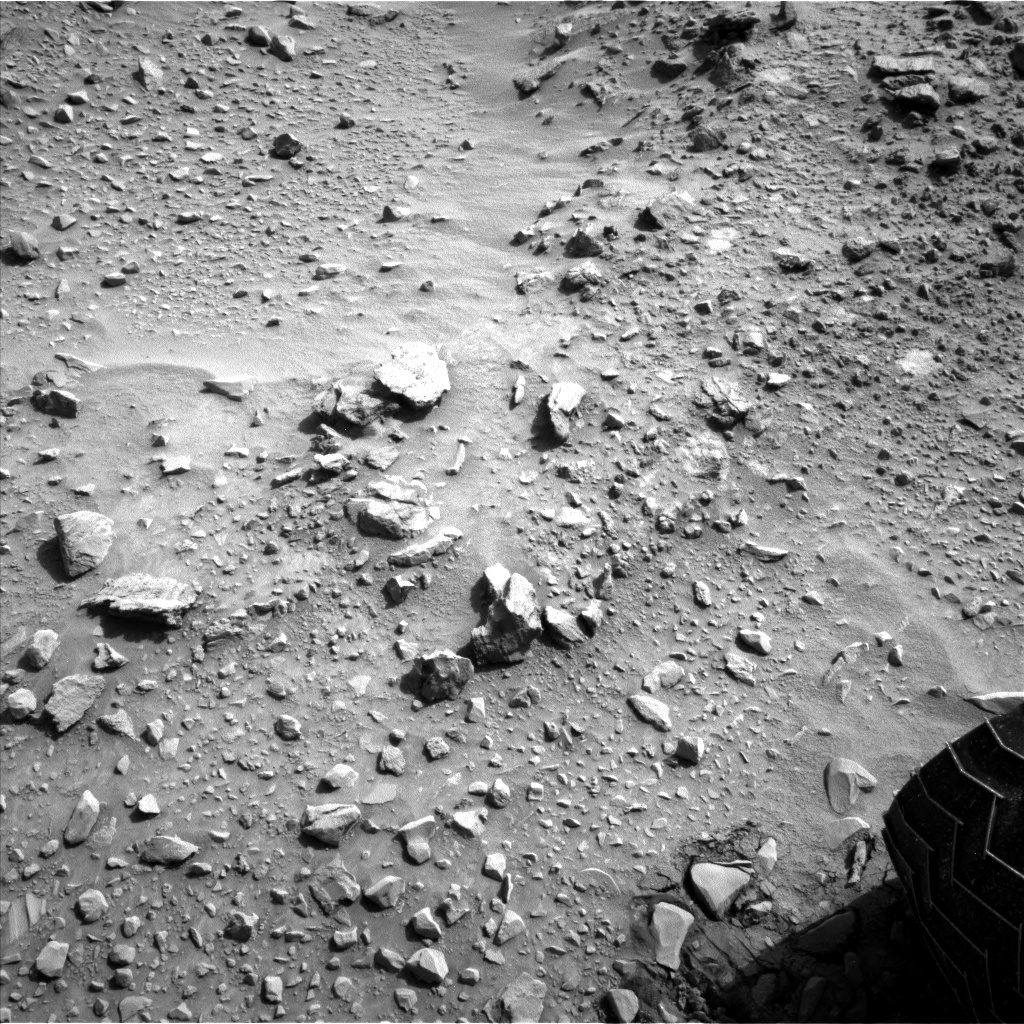 Nasa's Mars rover Curiosity acquired this image using its Left Navigation Camera on Sol 731, at drive 2040, site number 40