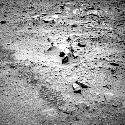Nasa's Mars rover Curiosity acquired this image using its Right Navigation Camera on Sol 735, at drive 210, site number 41