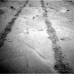 Nasa's Mars rover Curiosity acquired this image using its Left Navigation Camera on Sol 751, at drive 360, site number 42