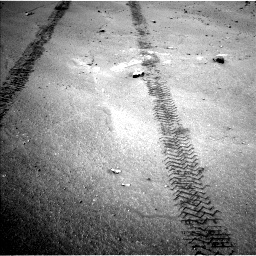 Nasa's Mars rover Curiosity acquired this image using its Left Navigation Camera on Sol 751, at drive 414, site number 42