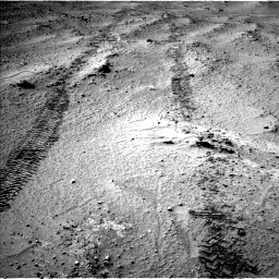 Nasa's Mars rover Curiosity acquired this image using its Left Navigation Camera on Sol 751, at drive 588, site number 42