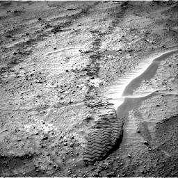 Nasa's Mars rover Curiosity acquired this image using its Right Navigation Camera on Sol 751, at drive 696, site number 42