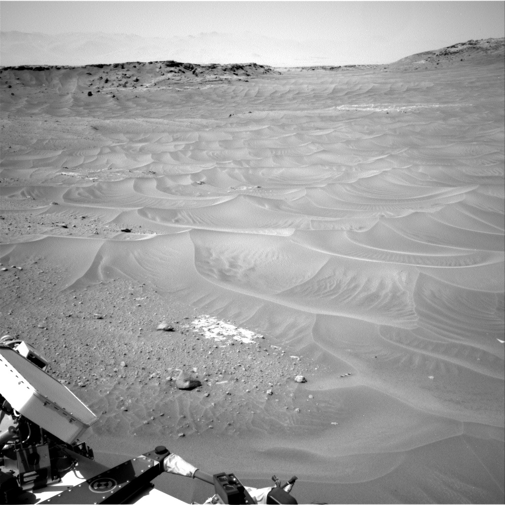 Nasa's Mars rover Curiosity acquired this image using its Right Navigation Camera on Sol 753, at drive 1020, site number 42