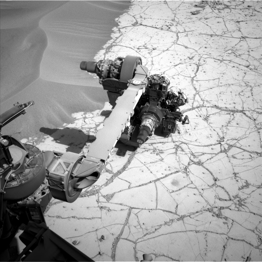 Nasa's Mars rover Curiosity acquired this image using its Left Navigation Camera on Sol 756, at drive 1020, site number 42