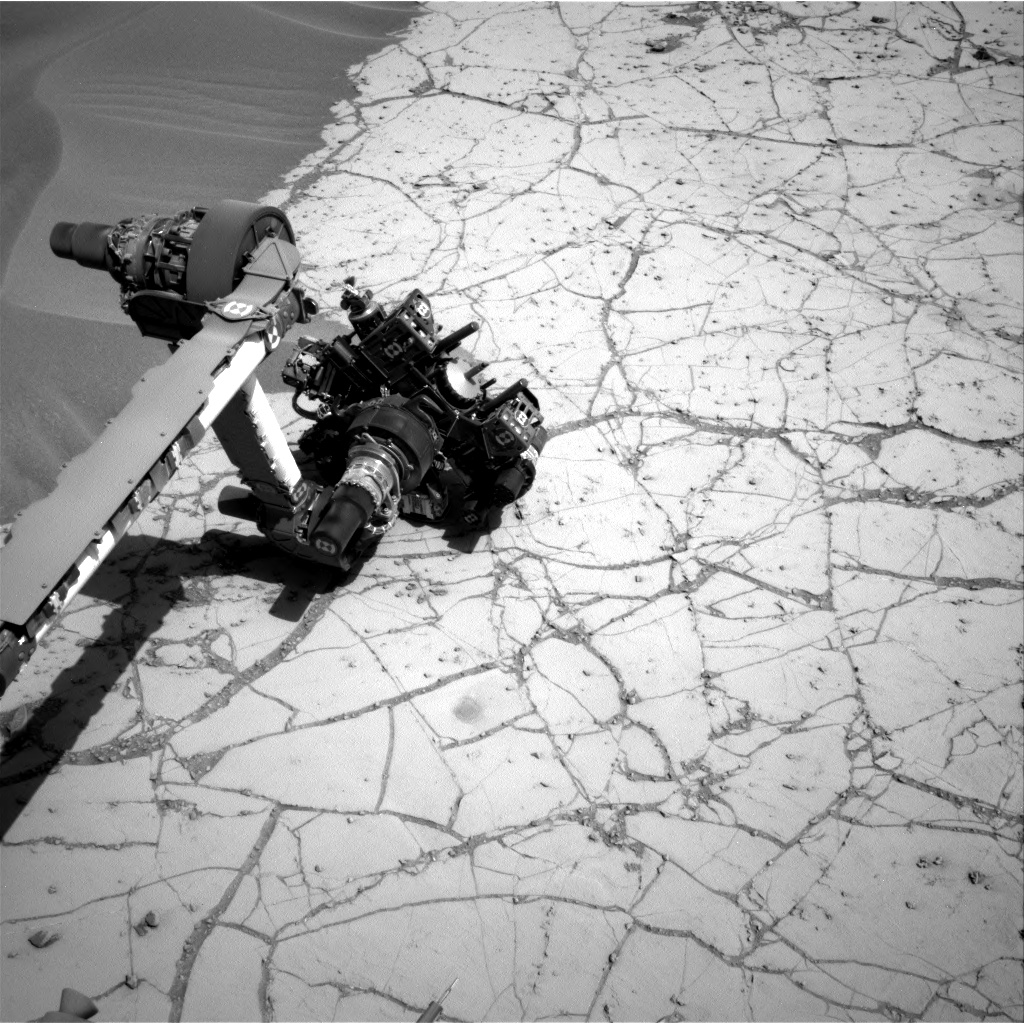 Nasa's Mars rover Curiosity acquired this image using its Right Navigation Camera on Sol 756, at drive 1020, site number 42