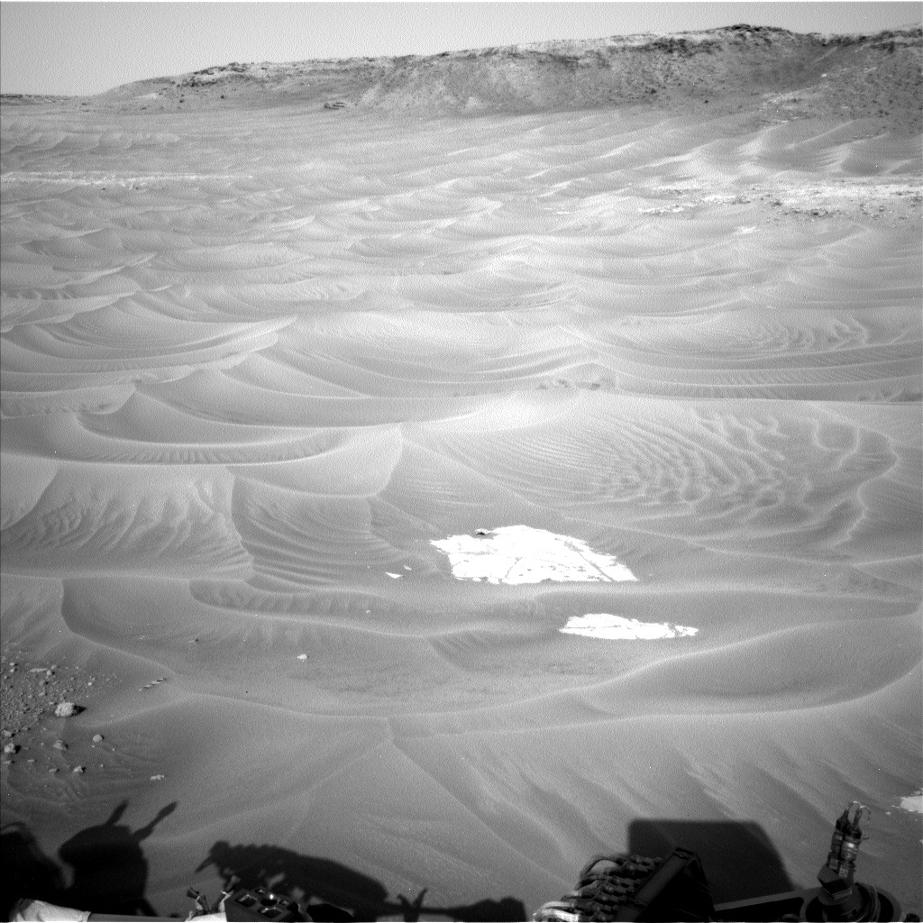 NASA's Mars rover Curiosity acquired this image using its Left Navigation Camera (Navcams) on Sol 777