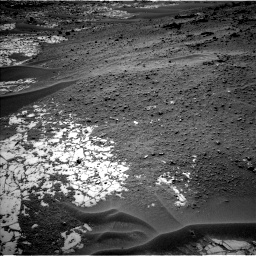 Nasa's Mars rover Curiosity acquired this image using its Left Navigation Camera on Sol 780, at drive 12, site number 43