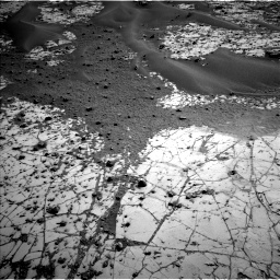 Nasa's Mars rover Curiosity acquired this image using its Left Navigation Camera on Sol 780, at drive 180, site number 43