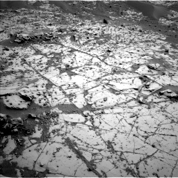 Nasa's Mars rover Curiosity acquired this image using its Left Navigation Camera on Sol 780, at drive 204, site number 43
