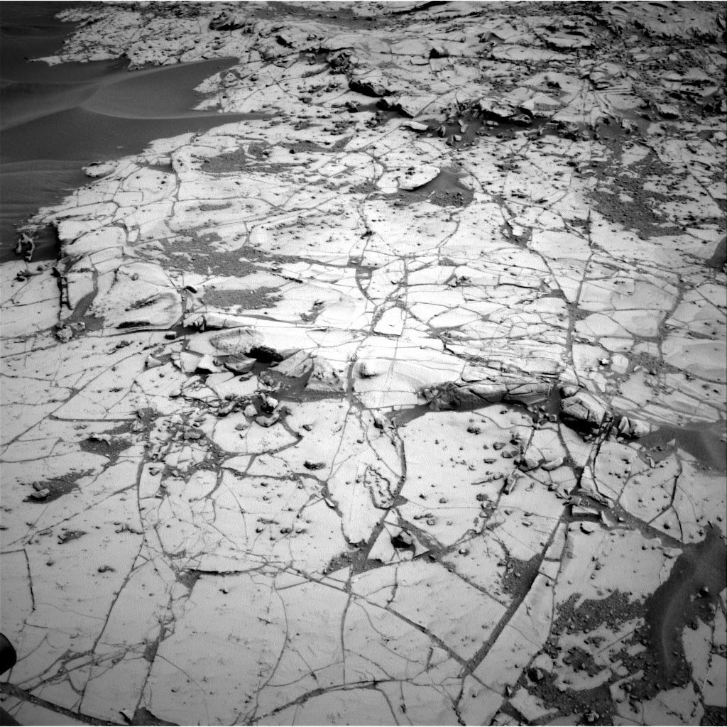 Nasa's Mars rover Curiosity acquired this image using its Right Navigation Camera on Sol 780, at drive 18, site number 43