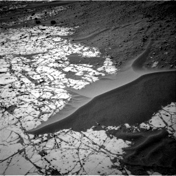 Nasa's Mars rover Curiosity acquired this image using its Right Navigation Camera on Sol 780, at drive 114, site number 43