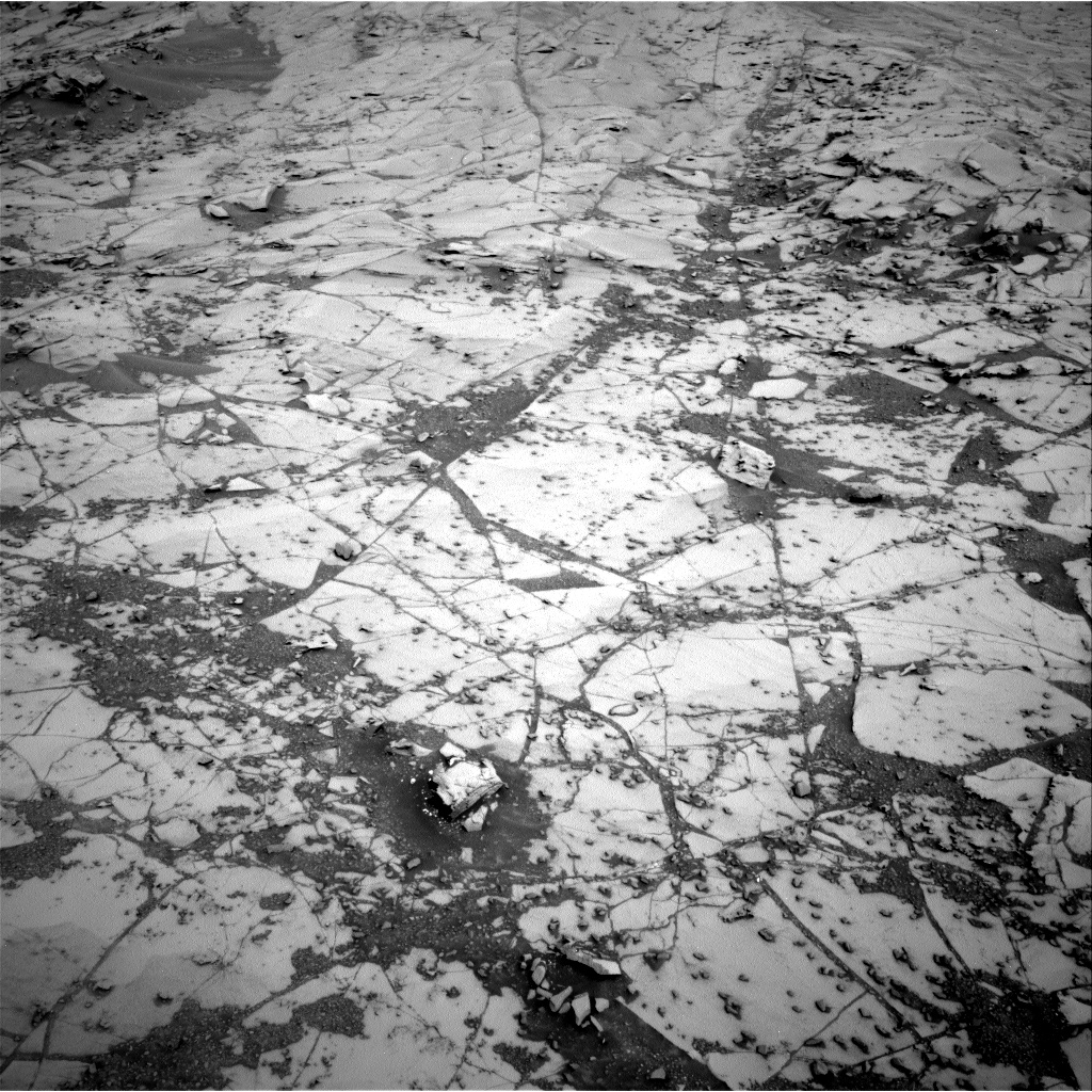 Nasa's Mars rover Curiosity acquired this image using its Right Navigation Camera on Sol 780, at drive 186, site number 43
