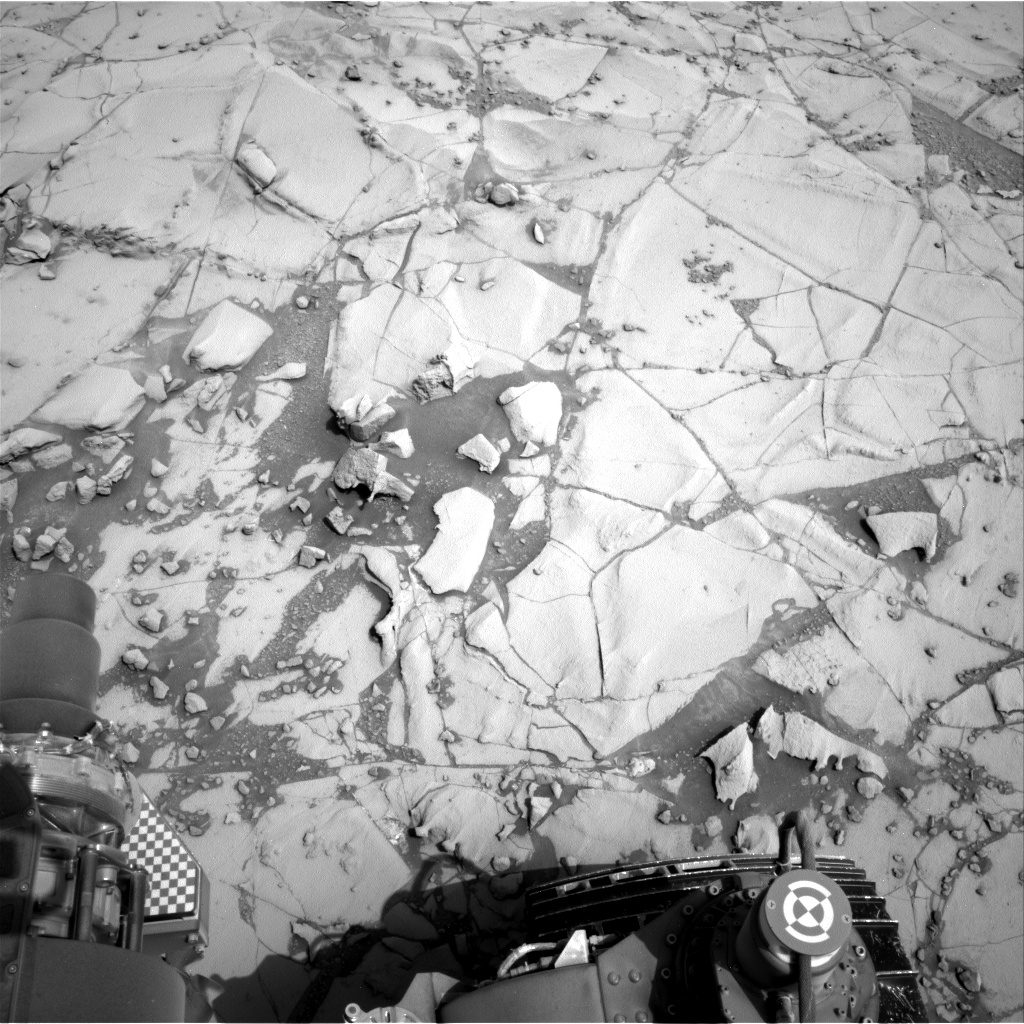 Nasa's Mars rover Curiosity acquired this image using its Right Navigation Camera on Sol 780, at drive 216, site number 43