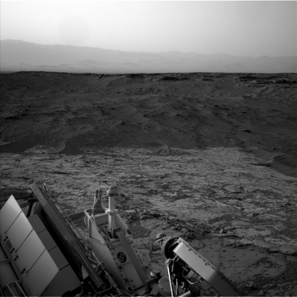 Nasa's Mars rover Curiosity acquired this image using its Left Navigation Camera on Sol 782, at drive 0, site number 44