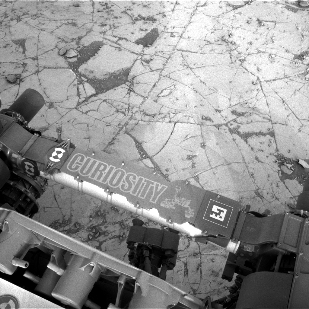 Nasa's Mars rover Curiosity acquired this image using its Left Navigation Camera on Sol 787, at drive 190, site number 44