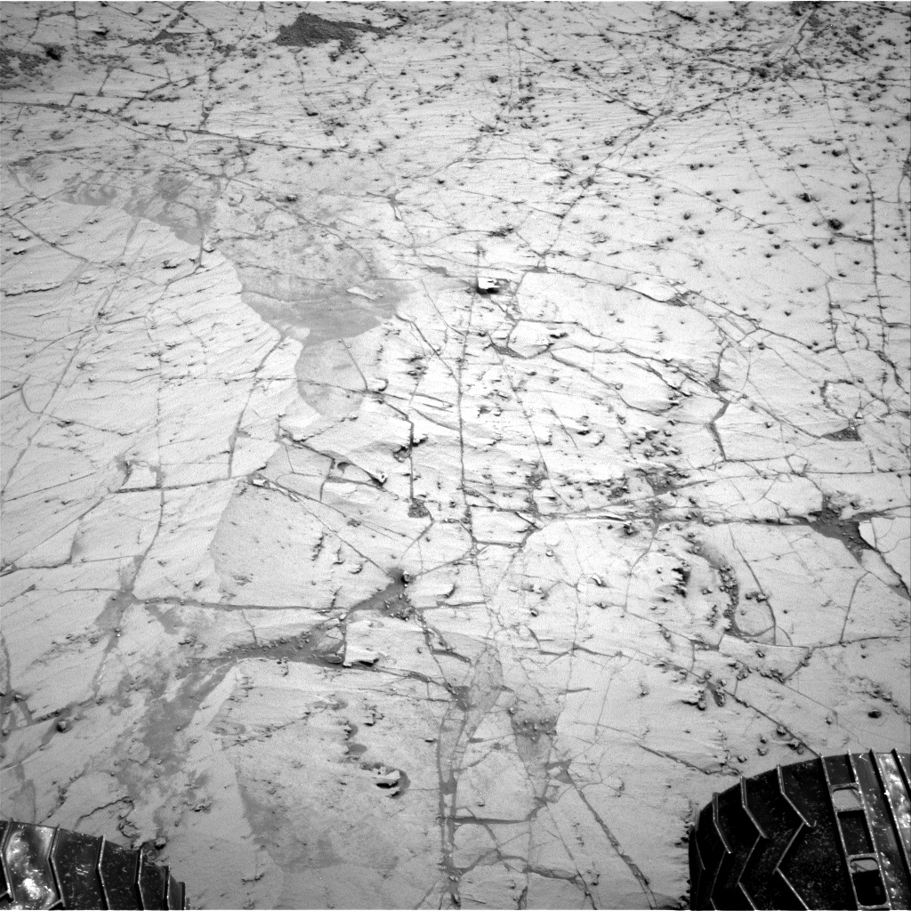 Nasa's Mars rover Curiosity acquired this image using its Right Navigation Camera on Sol 787, at drive 102, site number 44