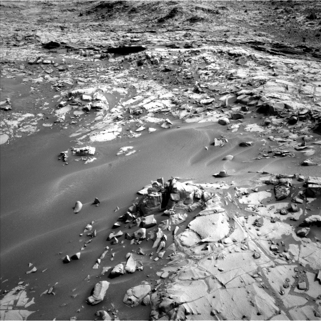 Nasa's Mars rover Curiosity acquired this image using its Left Navigation Camera on Sol 790, at drive 256, site number 44