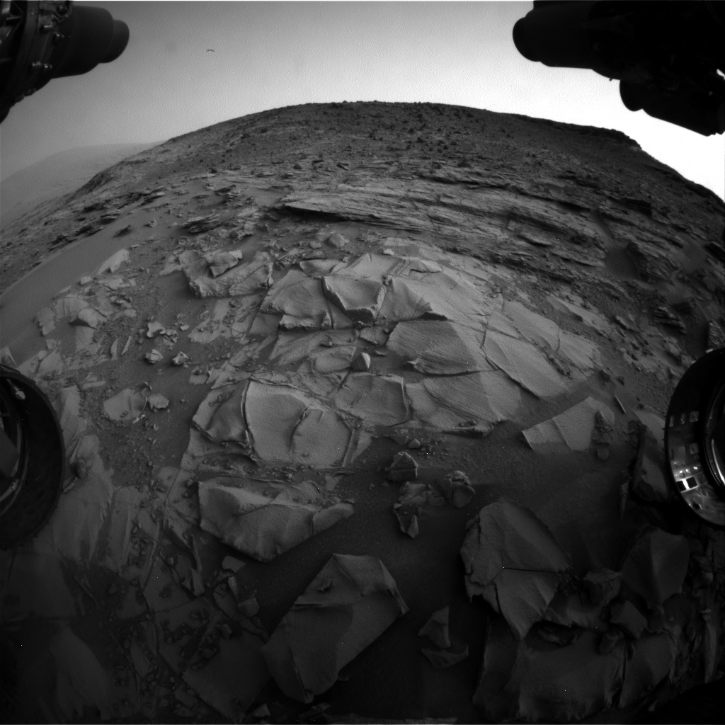 Nasa's Mars rover Curiosity acquired this image using its Front Hazard Avoidance Camera (Front Hazcam) on Sol 792, at drive 370, site number 44