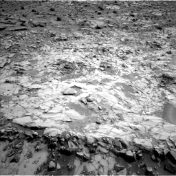 Nasa's Mars rover Curiosity acquired this image using its Left Navigation Camera on Sol 794, at drive 430, site number 44