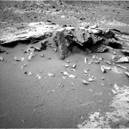 Nasa's Mars rover Curiosity acquired this image using its Left Navigation Camera on Sol 794, at drive 532, site number 44