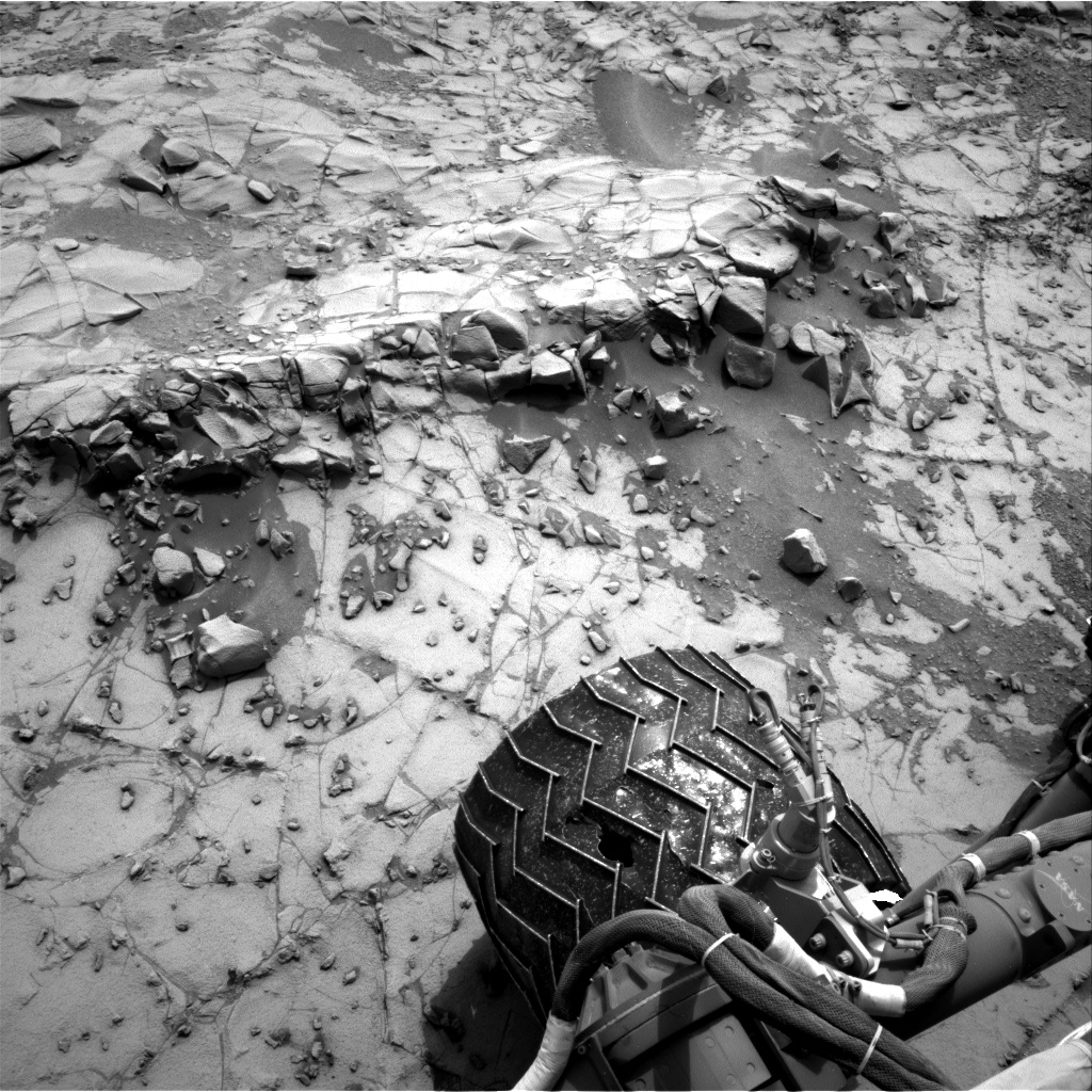 Nasa's Mars rover Curiosity acquired this image using its Right Navigation Camera on Sol 794, at drive 424, site number 44