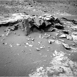 Nasa's Mars rover Curiosity acquired this image using its Right Navigation Camera on Sol 794, at drive 532, site number 44