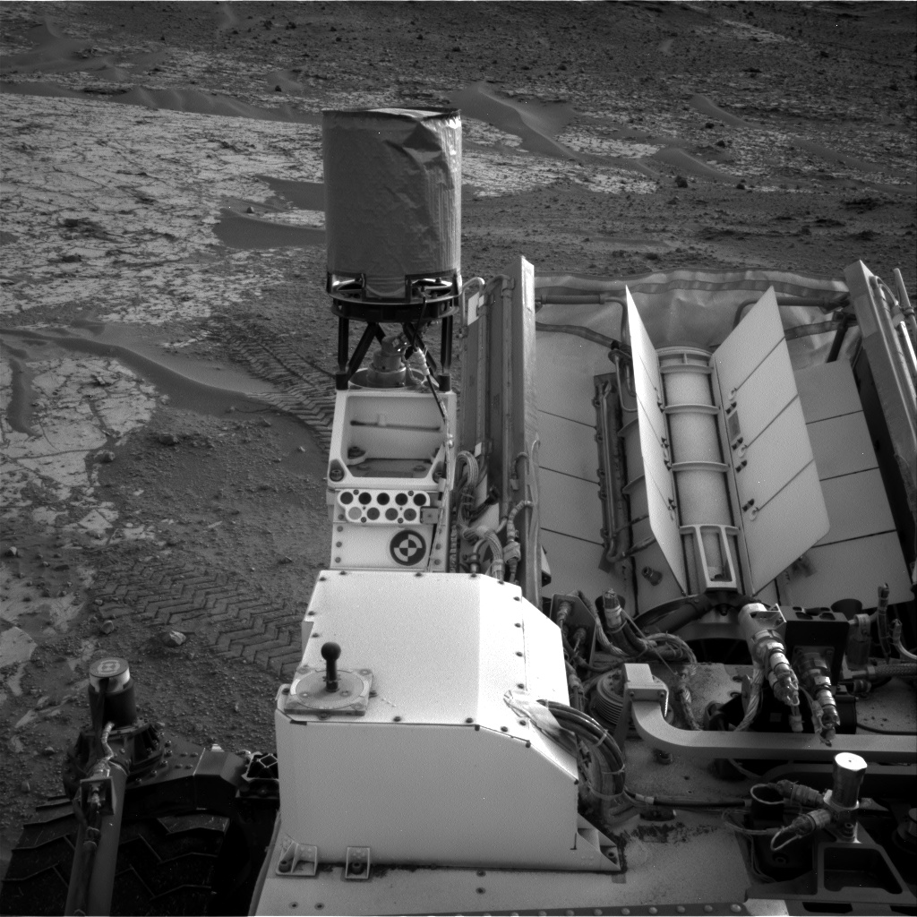 Nasa's Mars rover Curiosity acquired this image using its Right Navigation Camera on Sol 797, at drive 920, site number 44