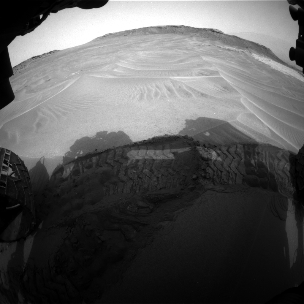 Nasa's Mars rover Curiosity acquired this image using its Front Hazard Avoidance Camera (Front Hazcam) on Sol 799, at drive 1106, site number 44