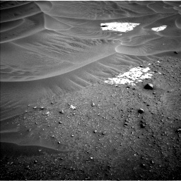 Nasa's Mars rover Curiosity acquired this image using its Left Navigation Camera on Sol 799, at drive 950, site number 44