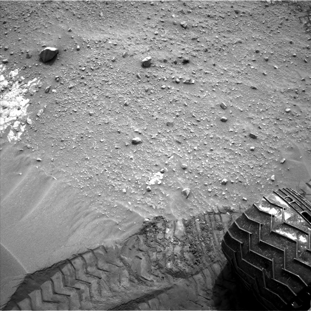 Nasa's Mars rover Curiosity acquired this image using its Left Navigation Camera on Sol 799, at drive 1140, site number 44