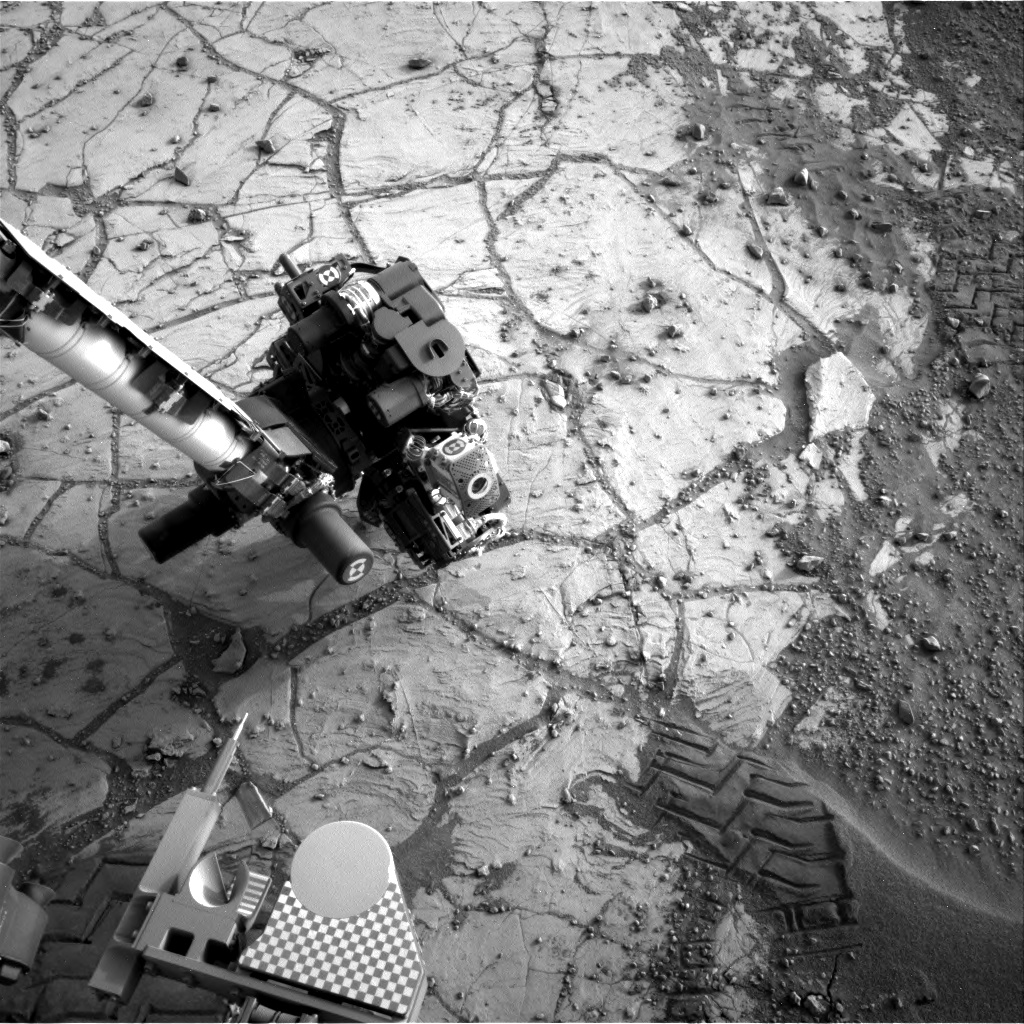 Nasa's Mars rover Curiosity acquired this image using its Right Navigation Camera on Sol 805, at drive 1282, site number 44