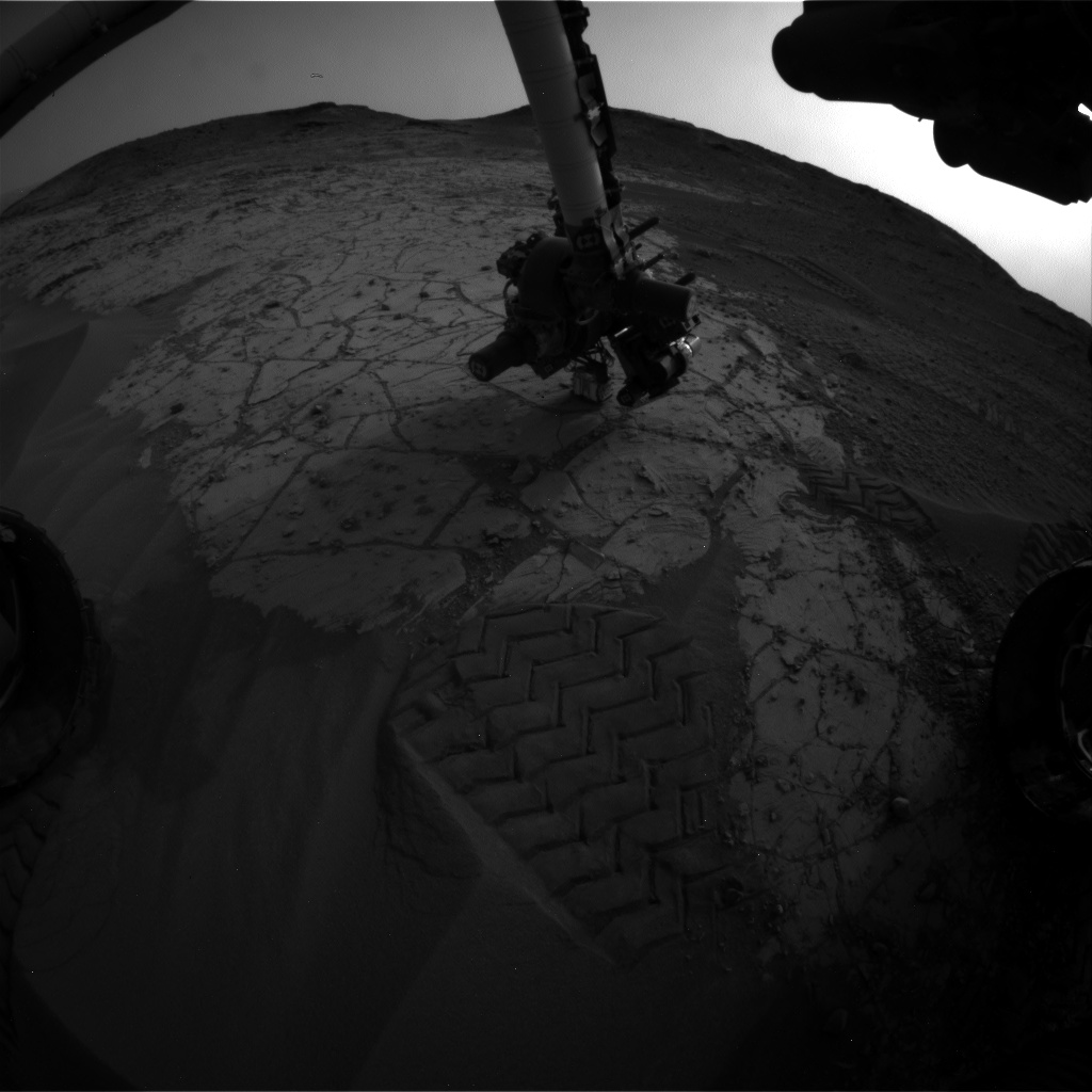 Nasa's Mars rover Curiosity acquired this image using its Front Hazard Avoidance Camera (Front Hazcam) on Sol 806, at drive 1282, site number 44