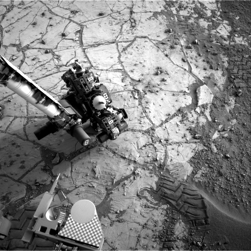 Nasa's Mars rover Curiosity acquired this image using its Right Navigation Camera on Sol 806, at drive 1282, site number 44