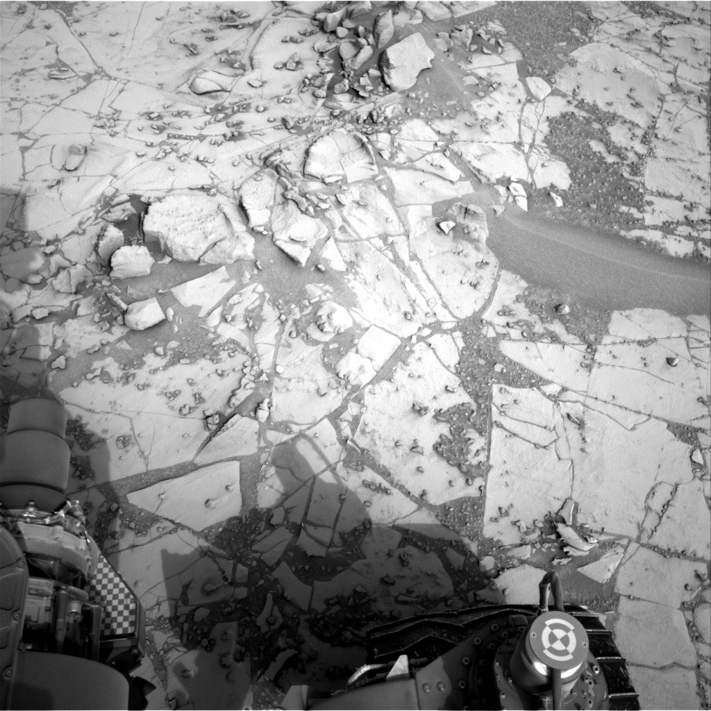 Nasa's Mars rover Curiosity acquired this image using its Right Navigation Camera on Sol 807, at drive 1432, site number 44