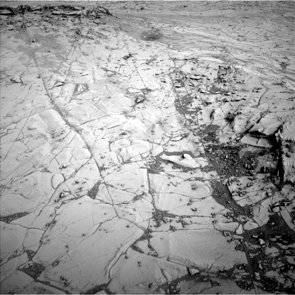 Nasa's Mars rover Curiosity acquired this image using its Left Navigation Camera on Sol 812, at drive 1510, site number 44
