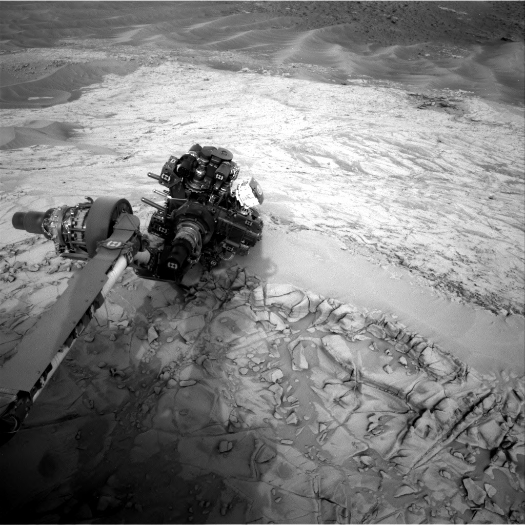 Nasa's Mars rover Curiosity acquired this image using its Right Navigation Camera on Sol 815, at drive 1546, site number 44