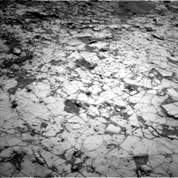 Nasa's Mars rover Curiosity acquired this image using its Left Navigation Camera on Sol 817, at drive 1732, site number 44