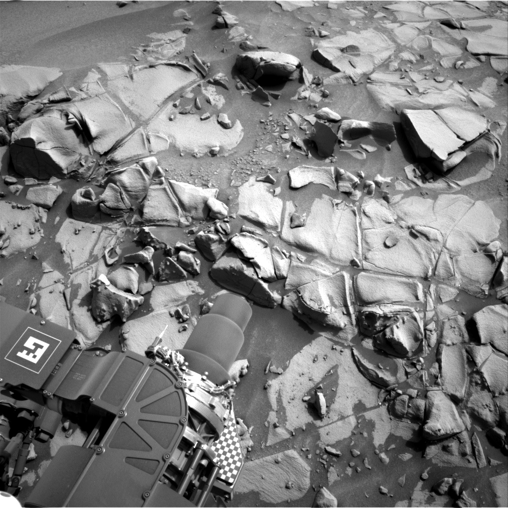 Nasa's Mars rover Curiosity acquired this image using its Right Navigation Camera on Sol 817, at drive 1828, site number 44