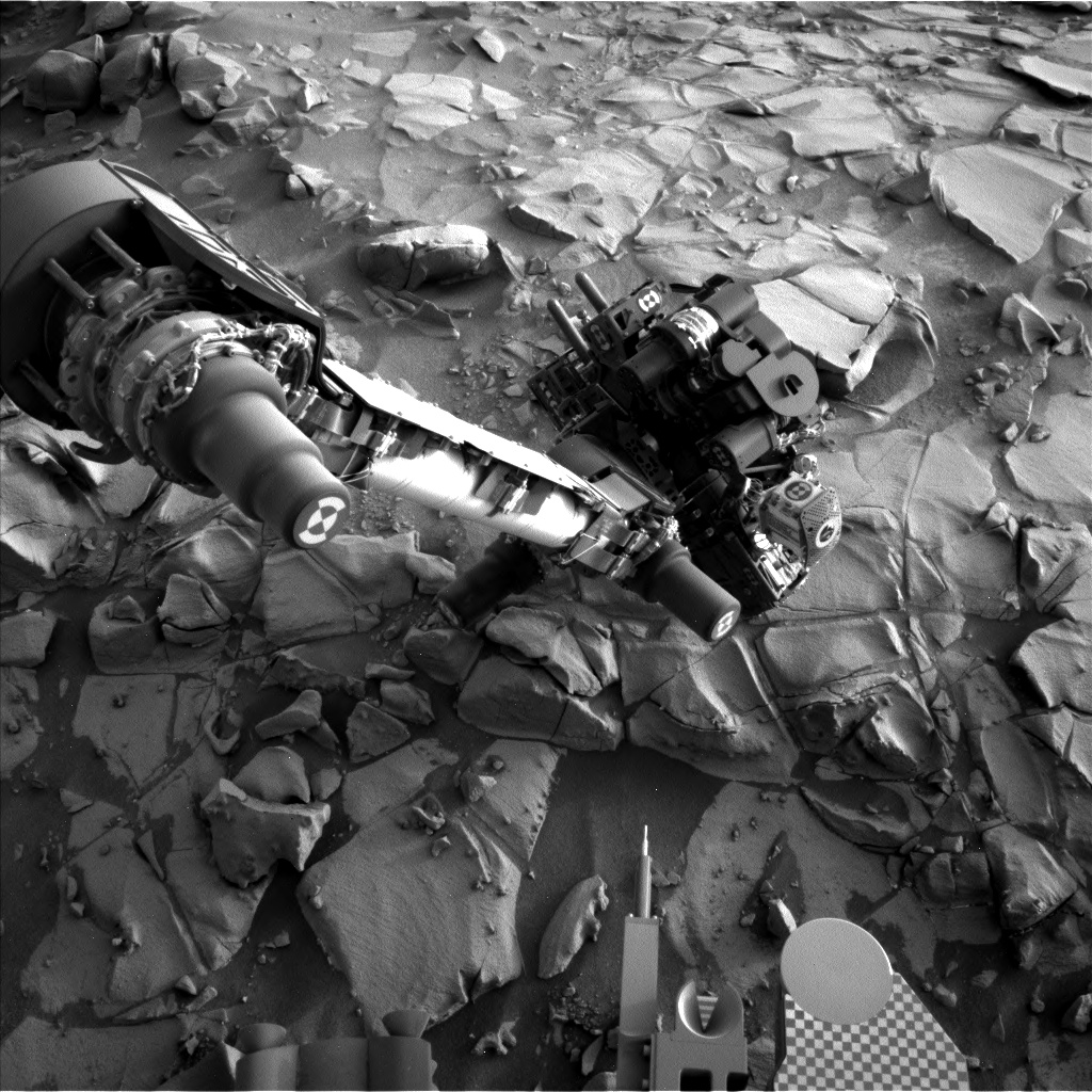 Nasa's Mars rover Curiosity acquired this image using its Left Navigation Camera on Sol 819, at drive 1828, site number 44