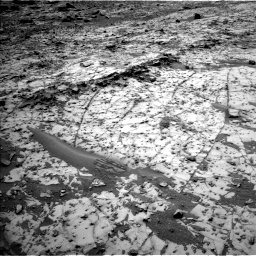 Nasa's Mars rover Curiosity acquired this image using its Left Navigation Camera on Sol 826, at drive 2008, site number 44