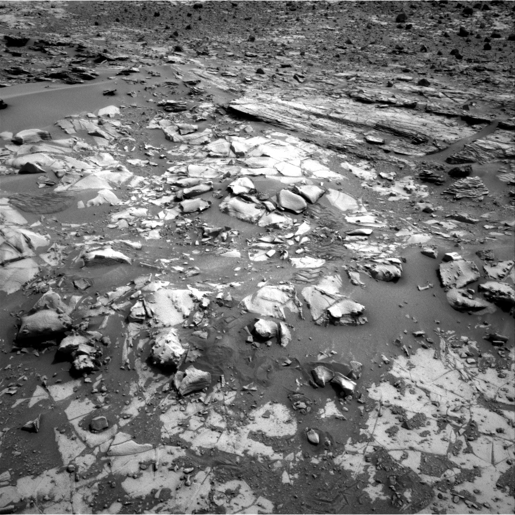 Nasa's Mars rover Curiosity acquired this image using its Right Navigation Camera on Sol 826, at drive 2008, site number 44