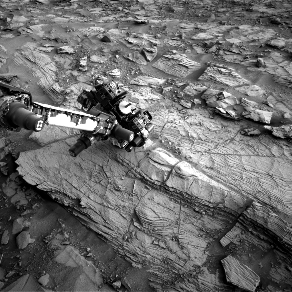 Nasa's Mars rover Curiosity acquired this image using its Right Navigation Camera on Sol 828, at drive 2062, site number 44