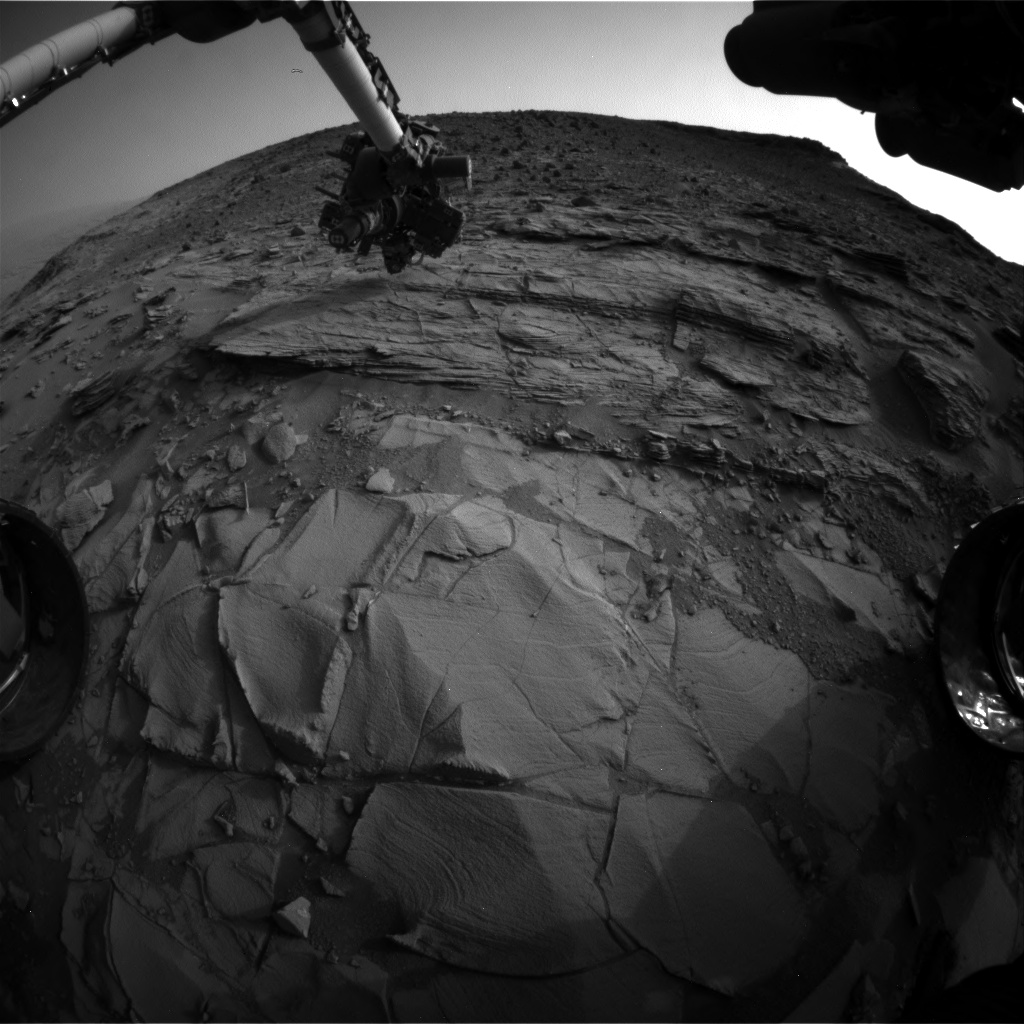 Nasa's Mars rover Curiosity acquired this image using its Front Hazard Avoidance Camera (Front Hazcam) on Sol 830, at drive 2062, site number 44