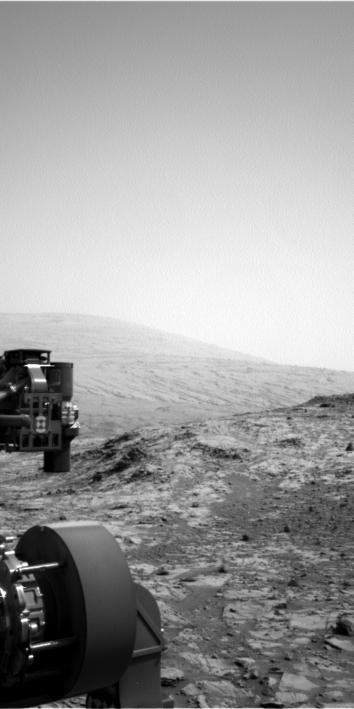 Nasa's Mars rover Curiosity acquired this image using its Left Navigation Camera on Sol 832, at drive 2062, site number 44