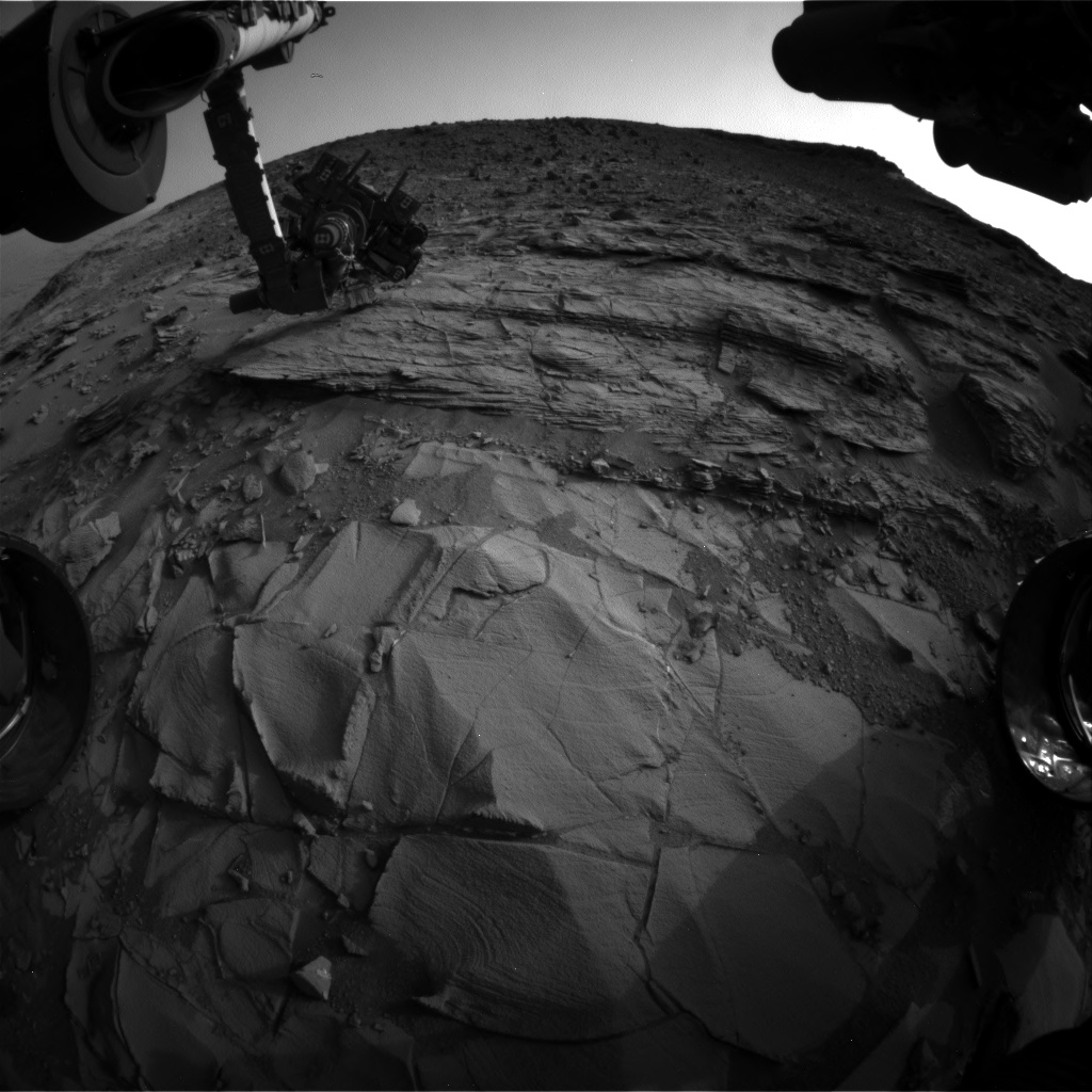 Nasa's Mars rover Curiosity acquired this image using its Front Hazard Avoidance Camera (Front Hazcam) on Sol 833, at drive 2062, site number 44