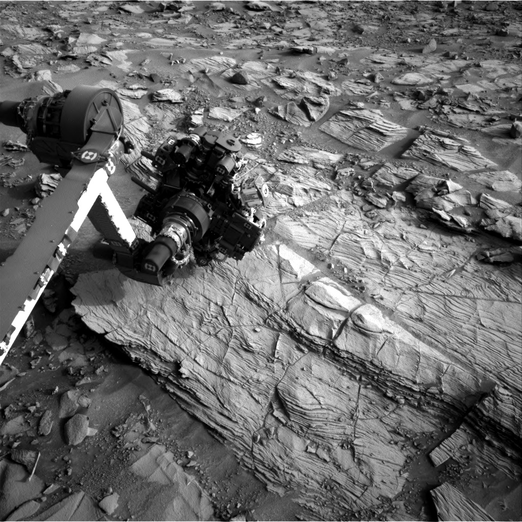 Nasa's Mars rover Curiosity acquired this image using its Right Navigation Camera on Sol 833, at drive 2062, site number 44