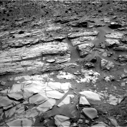 Nasa's Mars rover Curiosity acquired this image using its Left Navigation Camera on Sol 835, at drive 2098, site number 44